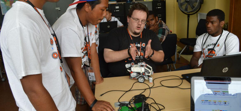 Best Buy Geek Squad Academy Robotics