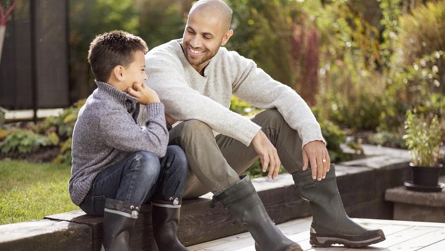 Father_son_in_backyard_AdobeStock_113332605.jpeg