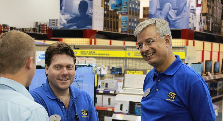 Best Buy CEO Hubert Joly Working In the St. Cloud store