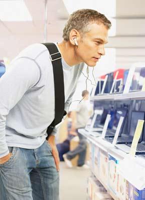 Holiday Instore shopper